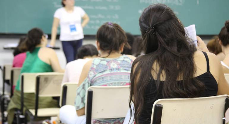 Vestibular da Unesp: estudantes devem acessar a lista de aprovados no site da Vunesp