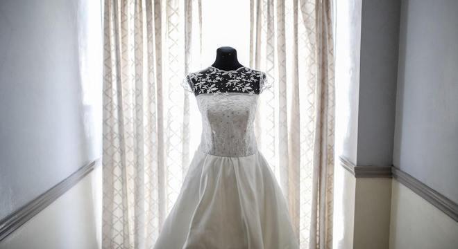 Saiba dicas de como comprar o vestido de noiva na internet