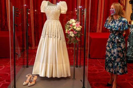 Princesa Beatrice visitou a exposição