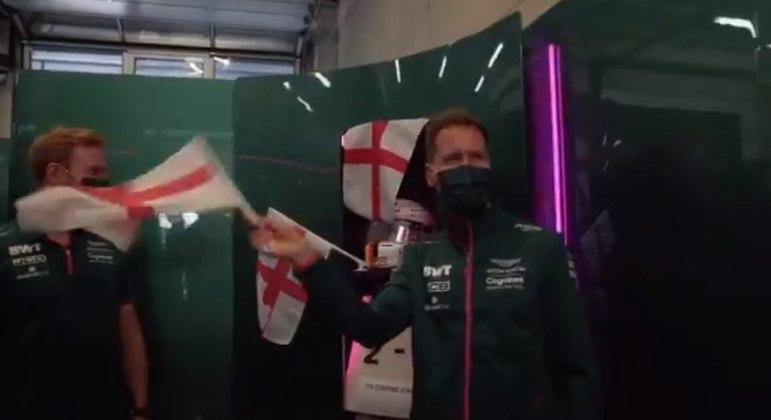 Vettel levou a zoeira numa boa e até entrou na brincadeira