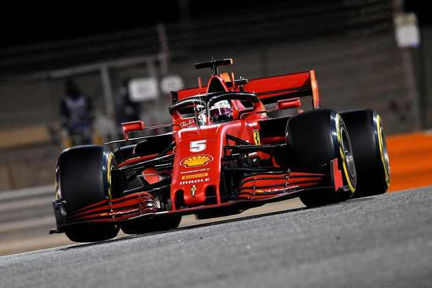 Vettel completou duas corridas consecutivas fora do top-10