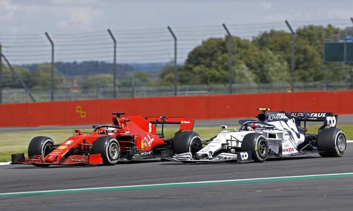 Vettel e Gasly batalharam. O francês levou a melhor e foi sétimo