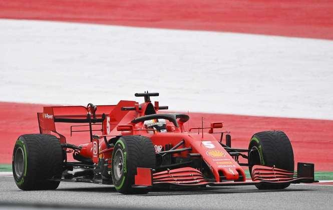 Vettel, que sairá da Ferrari no fim da temporada, foi discreto no primeiro dia
