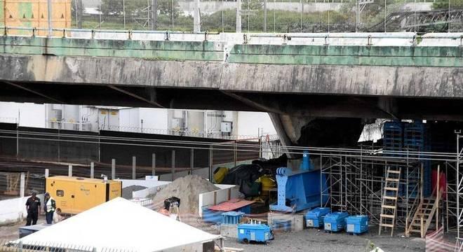 Após testes, viaduto que cedeu na Marginal Pinheiros é reaberto