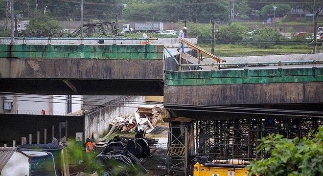 Obras para a recuperação do viaduto podem ser feitas sem licitação