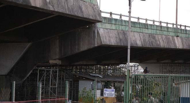 Viaduto da marginal Pinheiros, em São Paulo, cedeu dois metros no dia 15 de novembro