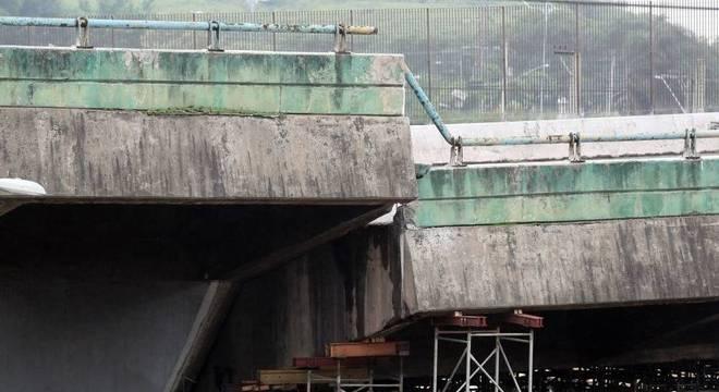 Prefeitura terminou de escorar a estrutura para iniciar obras de recuperação