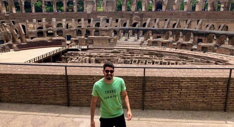 Fillipi fez uma viagem de 4 dias para Roma, na Itália