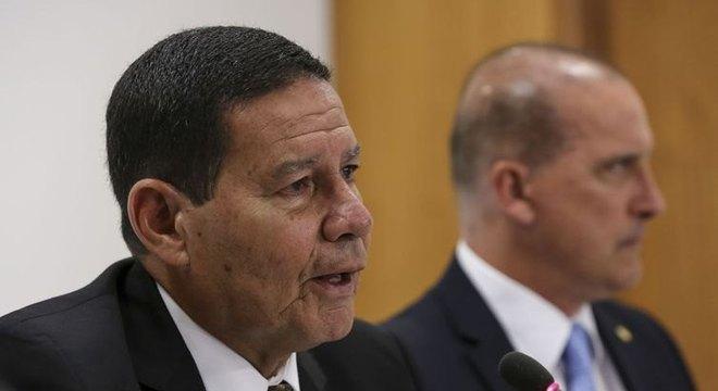 Vice-presidente, Hamilton Mourão, visita São Cristóvão e Debate 25 anos do Plano Real, em Aracaju