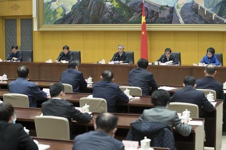 Vice-primeiro-ministro chinês fala sobre retomada de empregos