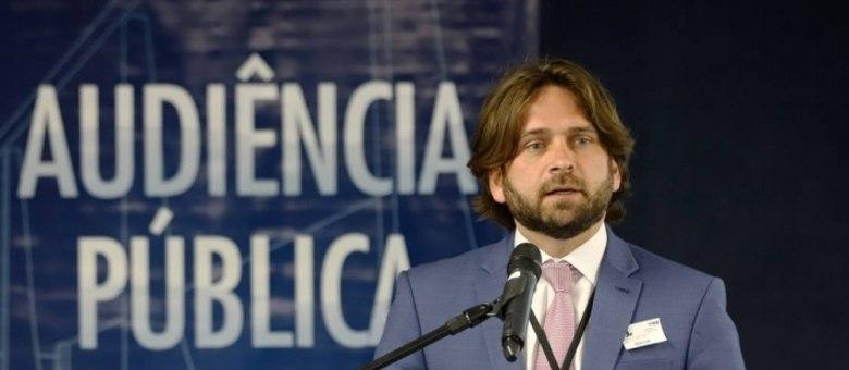 O ex-secretário-executivo da Casa Civil, Vicente Santini, readmitido no governo
