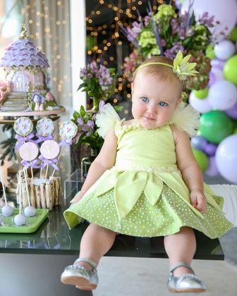 A comemoração teve como tema o filme Peter Pan e a pequena se fantasiou de Sininho. A foto recebeu mais de 224 mil curtidas.