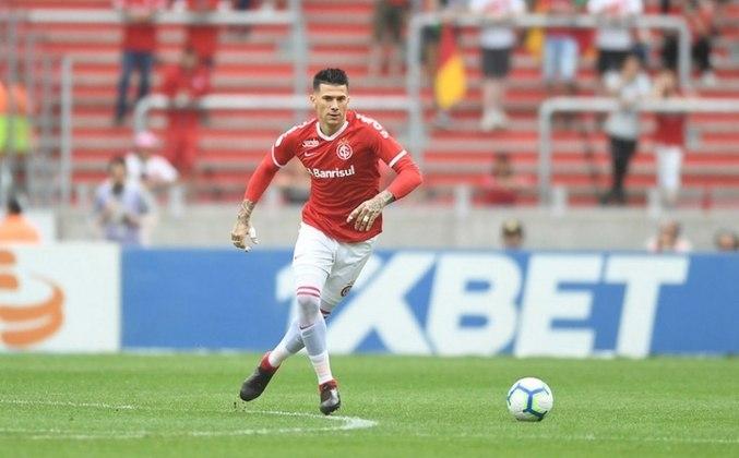 Víctor Cuesta (Argentina) - Internacional - 4 milhões de euros (cerca de R$25,2 milhões)