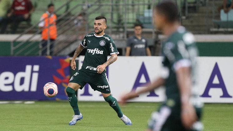 Victor Luís - 6 jogos - 455 minutos - 0 gols - 0 assistências - 8 desarmes - 5 finalizações - 2