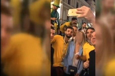 Torcedores brasileiros em vídeo ofensivo na Rússia
