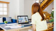 Mulheres ficam mais exaustas do que homens após videochamadas