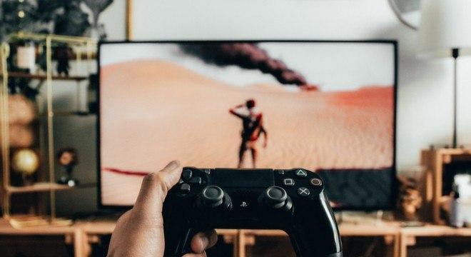 Com mais gente em casa, aumentou procura por videogames e aparelhos de TV