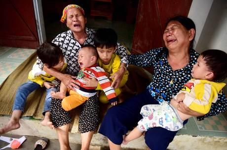 Vietnã vive luto por 39 imigrantes mortos