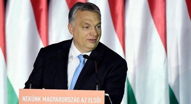 Na Hungria, Viktor Orbán (foto) tomou medidas para controlar a imprensa e os tribunais