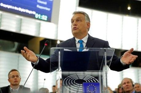 Orbán disse que pode fechar fronteiras da Hungria