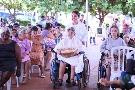 Vila Cottolengo atende a 321 pessoas com deficiência