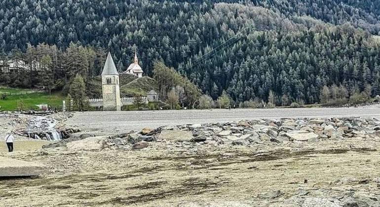 Local ficará visível por poucas semanas antes de ser inundado novamente