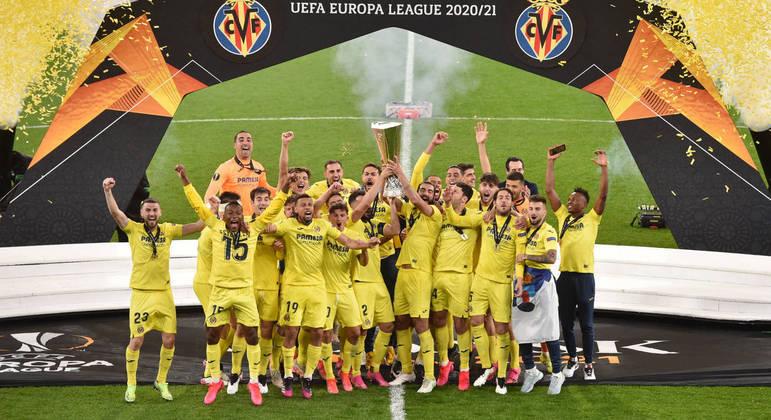 Villarreal, o detentor do troféu