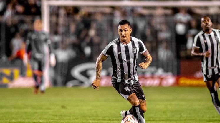 Vina é o artilheiro do Vozão na competição, com seis gols marcados e vem sendo importante na boa campanha da equipe no torneio.