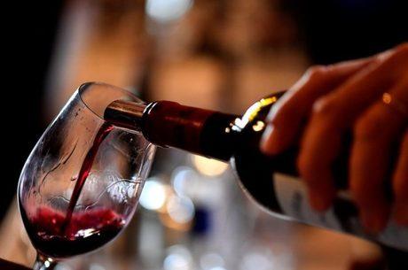 Vinhos premiados são alguns dos itens liberados