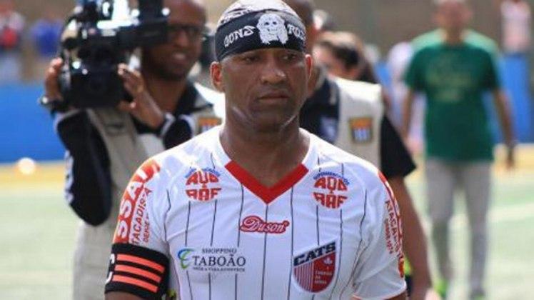 Viola - O polêmico ex-atacante estendeu sua carreira até 2016, quando atuou pelo Taboão da Serra (SP) e enfim pendurou as chuteiras. Em 2010, participou do reality show A Fazenda(Foto: Divulgação)