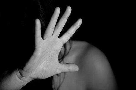 Os homens precisam ajudar a enfrentar a violência doméstica