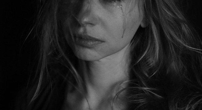 Vítimas de violência doméstica precisam de ajuda e não devem ser julgadas
