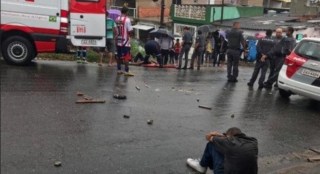 Torcedores de São Paulo e Corinthians se enfrentaram em Ferraz de Vasconcelos