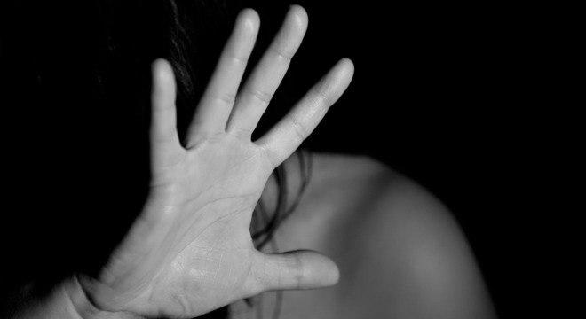 Em casos de violência contra a mulher, é preciso romper o silêncio