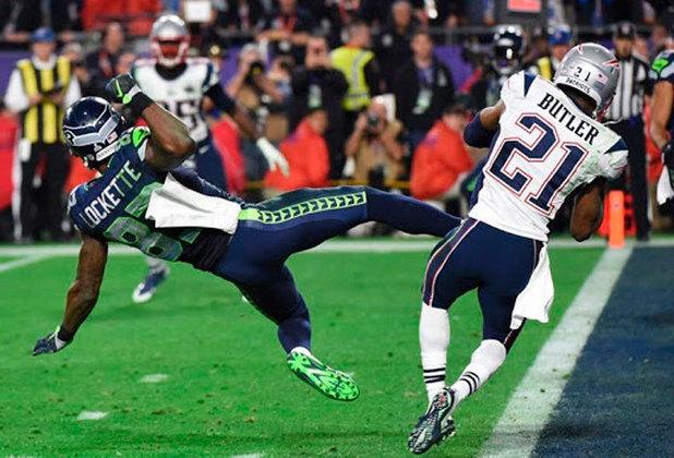 Virada improvável no Super Bowl: Entrando no quarto período do jogo decisivo na NFL, O New England Patriots perdia por 24 a 14 para o Seattle Seahawks. Os Patriots viraram a partida, mas o Seahawks estavam prontos para vencer no estouro do cronômetro. Faltando 15s, o técnico Pete Caroll ordenou uma jogada de passe na linha de 5 jardas do ataque.  Russell Wilson fez o passe e foi interceptado na End Zone por Malcolm Butler, garantiu o Super Bowl para os Patriots.