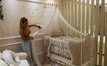 Antes mesmo de nascer, Maria Alice já tinha ganhado um quarto na casa do avô, o cantor Leonardo. Virginia e a sogra, Poliana Rocha, mostraram a decoração no canal do YouTube da influenciadora
