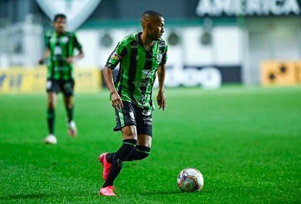 Visando reforçar o elenco para a temporada de 2021, o Palmeiras negocia a contratação do atacante Ademir, um dos destaques do América-MG na Série B de 2020. Além dele, o LANCE! listou outros jogadores que se destacaram na última Série B. Confira!