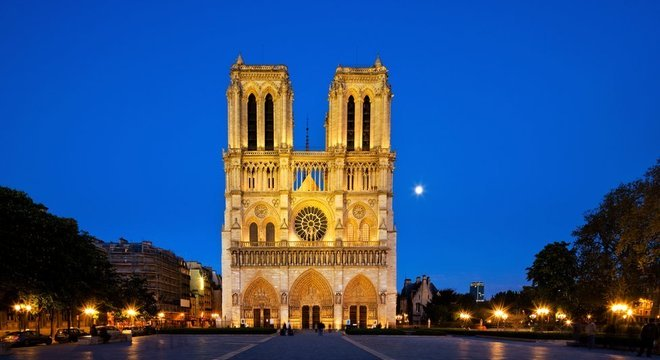 Em 2013, a catedral completou 850 anos de existência