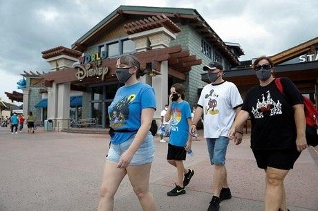 Visitantes do Walt Disney World em Lake Buena Vista