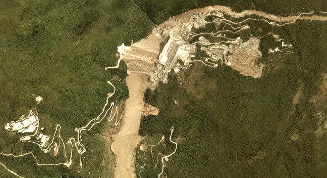 Em 7 de maio de 2018, havia evidências do surgimento de uma cratera e da ocorrência de um desmoronamento de terra