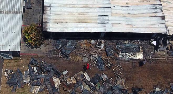 Vista do centro de treinamento do Flamengo após incêndio