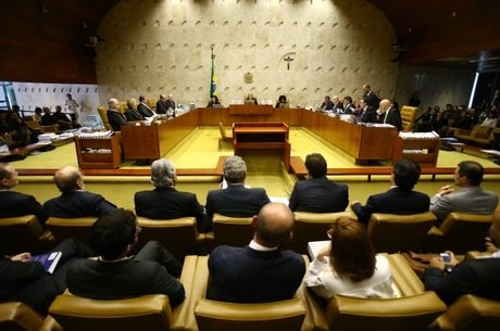 Vista geral do plenário do STF Supremo Tribunal Federal