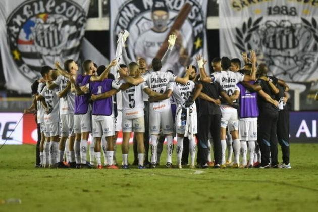 """Visto como """"patinho feio"""" da competição, o Santos tem quebrado de prognósticos nesta edição da Libertadores. O Peixe goleou o Grêmio por 4 a 1 no jogo de volta das quartas de final da competição sul-americana e está entre os quatro maiores times da América do Sul."""