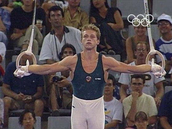 Vitaly Scherbo, ginasta da Bielorrúsia, conquistou dez medalhas em Jogos Olímpicos de Verão. Em duas edições, 1992 (Barcelona) e 1996 (Atlanta), ele arrebatou seis ouros e quatro bronzes.