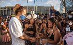 O cantor Vitão também compareceu ao acampamento. 'Mais de 117 povos lutando pela vida. O brasil é indígena, sempre foi e sempre será. Chega de desumanidade e injustiça! Demarcação já', disse em uma rede social