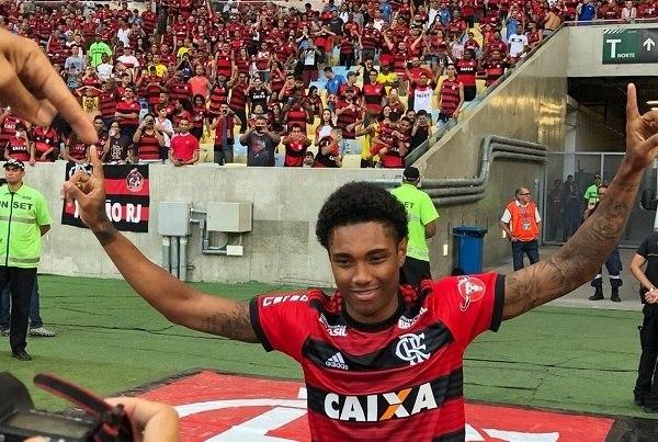 2e295ef952790 Vitinho é a 2ª contratação mais cara do futebol brasileiro  veja Top 10 -  Fotos - R7 Futebol