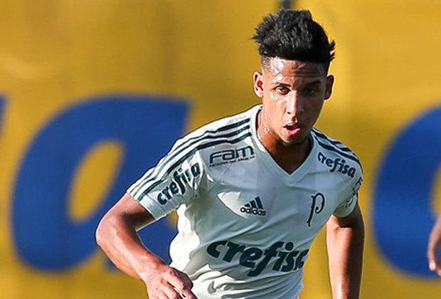 Vitinho - Palmeiras - Meia - 22 anos: Com passagem pelo Barcelona, o meia Vitinho está emprestado ao Red Bull Bragantino e é visto pela diretoria alviverde como um dos garotos que podem ser aproveitados ao longo de 2021