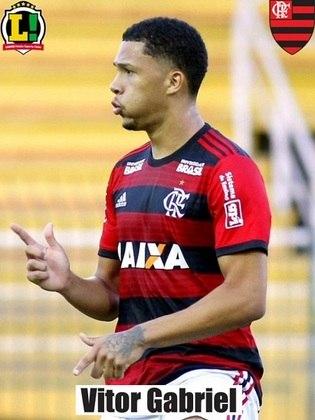 Vitor Gabriel - 5,0 - Teve grande chance para fazer o segundo gol do Flamengo, mas errou cabeçada na pequena área.