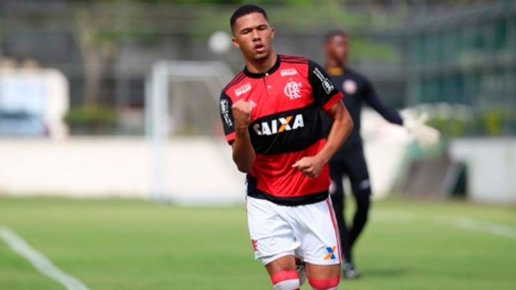 Vitor Gabriel - Emprestado (e a ser vendido por R$ 10 milhões) para o Braga-POR.