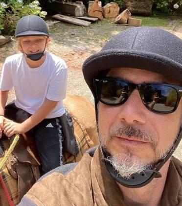 Vittorio também faz cavalgada e, nessa modalidade, quase sempre tem a companhia do pai, Alexandre